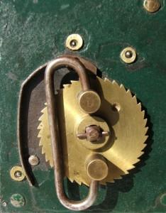 Clé de remontage Small 234x300 - 1889  MANUFACTURE FRANÇAISE d'ARMES