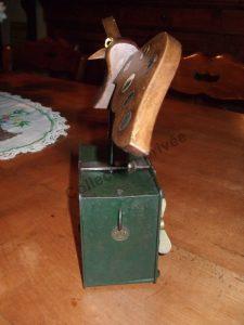 Miroir Epervier epais 1931 225x300 - Miroir Mécanique Épervier à ailes épaisses.